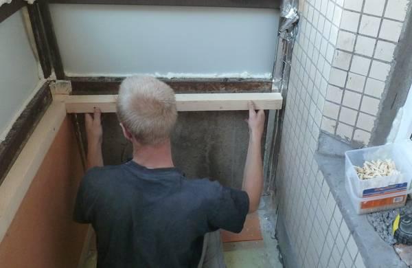 Как утеплить стекла на балконе своими руками 1066